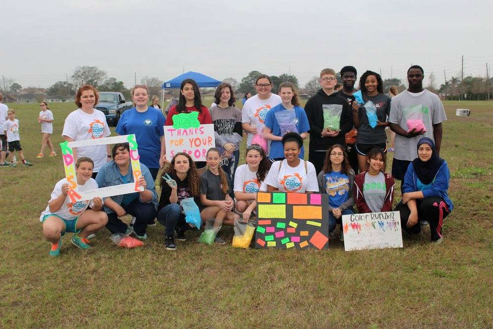 HOSA Students Host Color Run